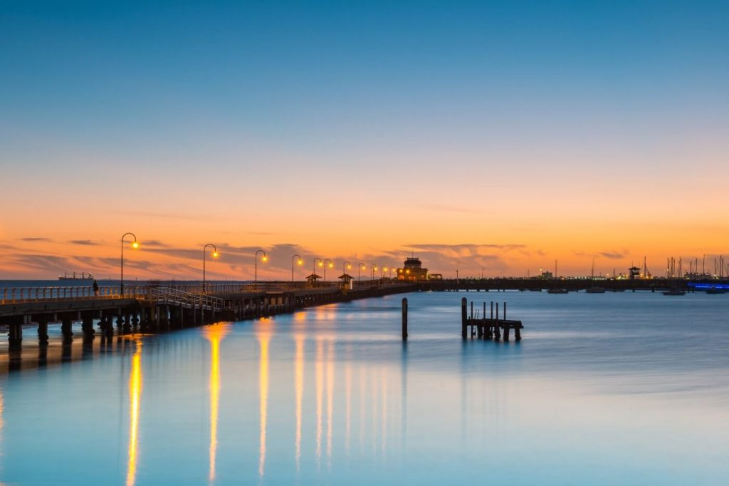 Melbourne Apartment Watch sunset and little penguins at the St Kilda Pier